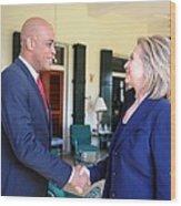 Hillary Clinton Meets With Haitian Wood Print by Everett