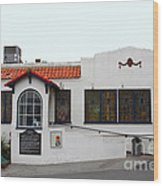 Historical Moss Beach Distillery At Half Moon Bay . 7d8172 Wood Print by Wingsdomain Art and Photography