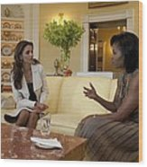 Michelle Obama And Queen Rania Wood Print by Everett