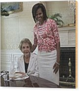 Michelle Obama Visits With Former First Wood Print by Everett
