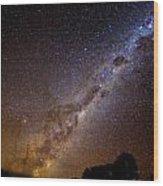 Milky Way Down Under Wood Print by Charles Warren