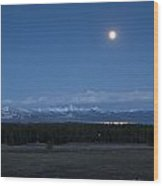 Moonrise At Fishing Bridge Wood Print by Charles Warren