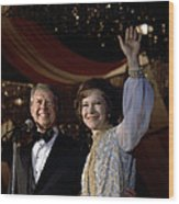 President Jimmy Carter And First Lady Wood Print by Everett
