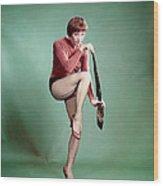 Shirley Maclaine, 1958 Wood Print by Everett