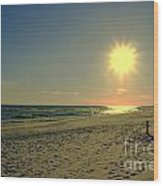 Sunburst At Henderson Beach Florida Wood Print by Susanne Van Hulst