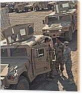 U.s. Army Soldier Speaks With Iraqi Wood Print by Stocktrek Images