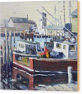 Gloucester Harbor And The Birdseye Tower Wood Print by Chris Coyne