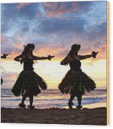 Hula At Sunset Wood Print by David Olsen