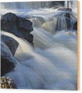 Jasper Falls Closeup Wood Print by Larry Ricker