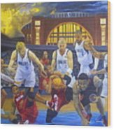 Mavericks Defeat The King And His Court Wood Print by Luis Antonio Vargas