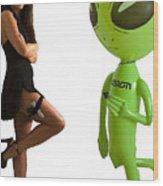 Mr. And Mrs Alien Wood Print by Richard Henne
