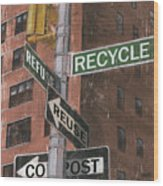 Nyc Broadway 1 Wood Print by Debbie DeWitt