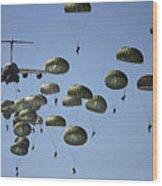 U.s. Army Paratroopers Jumping Wood Print by Stocktrek Images