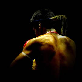 Thai Boxing 2 by Michelle Meenawong