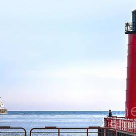 Steve Sturgill - 0720 Milwaukee Harbor Lighthouse