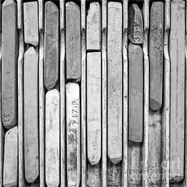 Edward Fielding - Artist Chalks