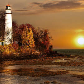 Pat Eisenberger -  Golden Lighthouse Dawn