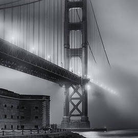 Jerry Fornarotto - Golden Gate in Fog