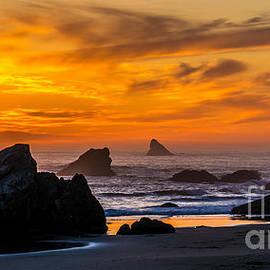 Gary Whitton - Golden Harris Beach Sunset - Oregon