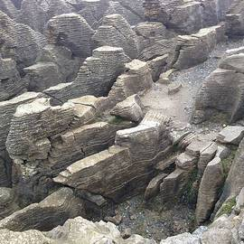 Pancake Rocks by Ron Torborg