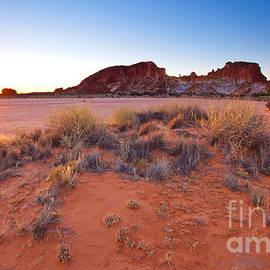 Bill  Robinson - Rainbow Valley sunrise