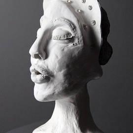 Afrodita Ellerman - Striving