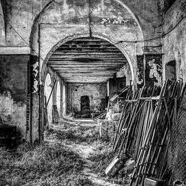 Abandoned Villa by Traven Milovich
