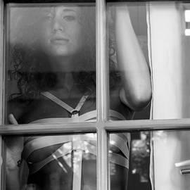 Que nos vies aient l'air d'un film by Traven Milovich
