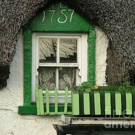 1757 Window by Joe Cashin