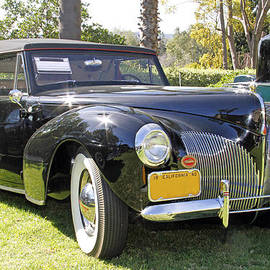 1940 Lincoln by Shoal Hollingsworth