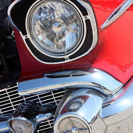 Gary Gingrich Galleries - 1957 Chevy - 210 Headlight - 7447