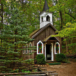 Judy  Johnson - Chapel in the Woods
