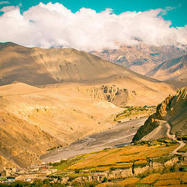 Raimond Klavins - Himalayas road to Upper Mustang