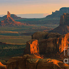 Henk Meijer Photography - Hunts Mesa in Monument Valley