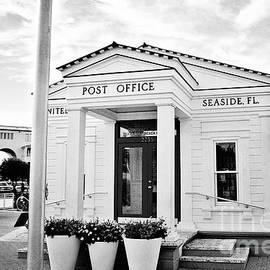 Scott Pellegrin - Seaside Post Office - BW