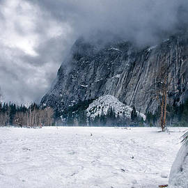 Cat Connor - Snowmen of Yosemite