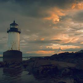 Jeff Folger - Sunset skies over Pickering lighthouse