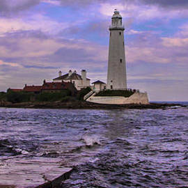 Trevor Kersley - The Lighthouse