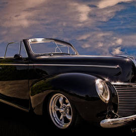 39 Mercury Convertible by Chas Sinklier
