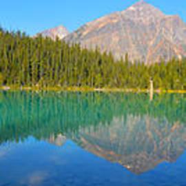 Randy Giesbrecht - A Majestic Lake