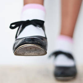 Pedro Cardona Llambias - Old Tap dance shoes from dance academy - A step forward tap dance