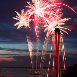 Jeff Folger - A Three Burst Salvo Of Fire For The Fourth Of July