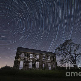 Michael Ver Sprill - Abandoned History Star Trails