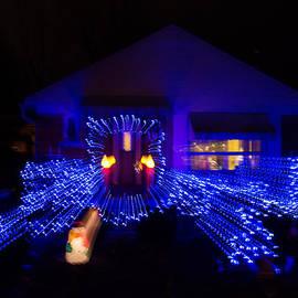 Georgia Mizuleva - Abstract Christmas Lights - Blue Holidays House Impression