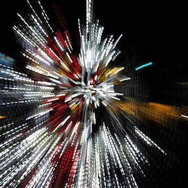 Georgia Mizuleva - Abstract Christmas Lights in Red and White
