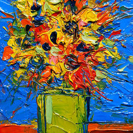 Mona Edulesco - Abstract Miniature Bouquet