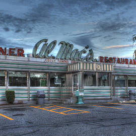 Al Mac's Diner by Andrew Pacheco