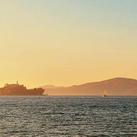 Alcatraz Island by Songquan Deng