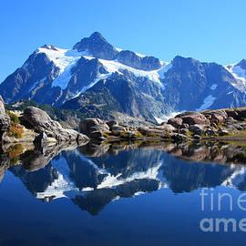 Alpine tarn by Frank Townsley