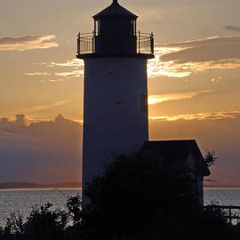 Richard Bryce and Family - Annisquam Lighthouse Sunset